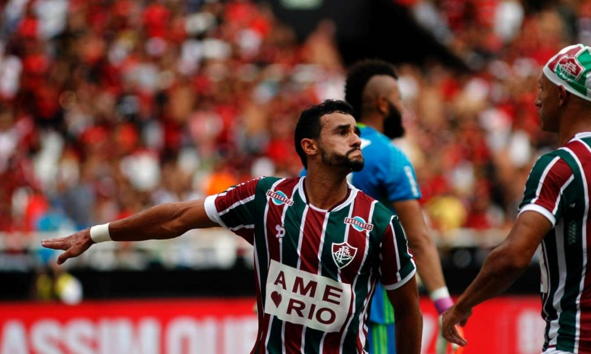 Fluminense vence e se distancia do Z-4